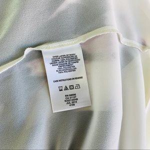 DKNYC Tops - DKNYC Blouse Size M